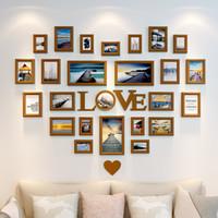 ingrosso pezzi decorativi casa-Cornici per foto Cornici decorative per pareti in legno Cornici per foto appese in legno Decor Home 25 pezzi Heart Shape Love Style Home Decor