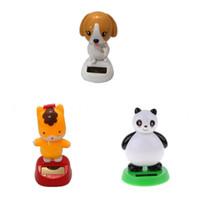 novidades para brinquedos panda venda por atacado-Bonito Novidade Movido A Energia Solar Brinquedo Animal Dançando Sorrindo Panda Mesa Do Carro Ornamento Adorável Decoração de Casa Brinquedos Birthady Xmas Presente