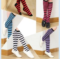 serbest uyluk yüksek çorap toptan satış-Çizgili Çorap Kadın Lady Kızlar Rahat Şerit Baskı Uzun Diz Üzerinde Uyluk Yüksek Çorap 8 Renk Ücretsiz Boyut Rahat