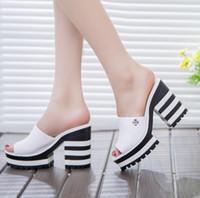 ingrosso il tallone spesso incunea i sandali-2018 nuovi sandali donna in vera pelle sandali con tacco a spillo ciabatte donna piattaforma zeppa scarpe estive donna infradito