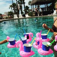 Wholesale pool hot - Inflatable Flamingo Drinks Cup Holder Pool Floats Bar Coasters Floatation Devices Children Bath Toy small size Hot Sale