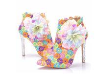 hochzeit blumen high heel großhandel-Herbst Multicolor Spitze Hochzeit Schuhe Sexy Frauen Stiefel Blume Thin High-Heel Stiefeletten Spitz Toe Stiefel