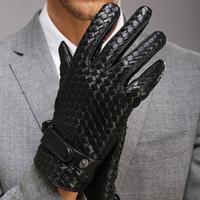 ingrosso guanto polso inverno-Fashion Gloves for Men Novità High-end Weave Genuine LeatherSolid polso pelle di pecora Glove Man Winter Warmth Driving