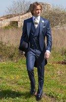 corbata de raso azul al por mayor-Recomendar Hot Blue Satin Tailcoat Novio Smokinges Mañana Estilo Hombres Wedding Wear Hombres Formal Dinner Prom Party Suit (Chaqueta + Pantalones + Tie + Vest) 1107