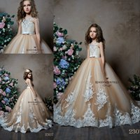 ingrosso belli vestiti per i compleanni-2019 Belle ragazze di fiore di Champagne si veste con gli abiti di compleanno della festa nuziale dei bambini di Appliqued del pizzo dell'avorio su ordine