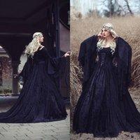 vestido preto laço completo longo venda por atacado-Vestidos de casamento gótico do vintage 2019 preto de alta qualidade cheia do laço de manga comprida espartilho Medieval vestidos de noiva Lace-up de volta com o trem