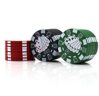 grüne schleifer groihandel-Herbal Grinders Poker Style Tabakschleifer Drei Schichten Herb Hand Muller Zigarettencrusher Pfeife Zubehör Rot Grün Schwarz YW1144