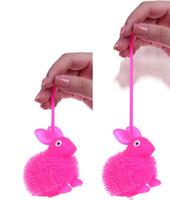 ingrosso le palline rimbalzanti lampeggiano la luce-LED Light Up Rabbit Flash finger Bouncing Ball Finger Toys Lampeggiante Cartoon pet animal Toy Attività giocattoli per bambini Giocattoli di decompressione