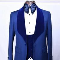 en iyi takım elbise modelleri mavi toptan satış-Yeni Tasarım Tek Düğme Gökyüzü Mavi damat uxedos Şal Yaka erkekler İyi Adam Suit Mens Düğün Takımları Damat (Ceket + Pantolon + Yelek + Kravat) NO: 30