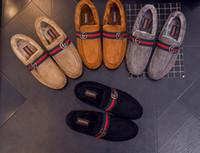 botas de invierno para hombres al por mayor-Tamaño de EE. UU .: 4.5-9 Botas para hombre Moda Zapatos de invierno Botas de nieve de color sólido Felpa Interior Antideslizante Parte inferior Mantener el calor Botas de esquí impermeables