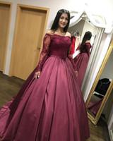 a747ad912 Lace tafetá borgonha gótico vestido de baile vestidos de casamento colorido  com mangas compridas frisado Lace fora do ombro mulheres árabes não vestido  ...