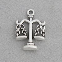 ingrosso fascino di equilibrio-Moda antiquariato placcato in argento scala fascini in lega di equilibrio scuola laboratorio forniture charms 15 * 20mm 100 pz AAC1805