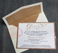 ingrosso fare carte gratuite-Spedizione gratuita per alcuni paesi! HI1149 Carta per invito a nozze con glitter oro con lamina in nero e oro per stampa tipografica Made in China