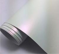 vinilo sin burbujas blanco al por mayor-Ventas calientes 1.52 * 18 m Air Bubble PVC gratuito Etiqueta engomada del coche Vinyl Wrap Mate Pearl White Vinilo Camaleón