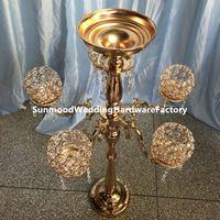 candélabre en verre métallique achat en gros de-Candélabres en verre cristal à 5 bras en métal avec pendentifs en cristal porte-bougie pièce maîtresse décoration de fête best001
