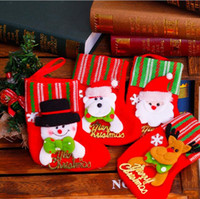 small gift оптовых-Рождественские чулки маленький Санта-Клаус конфеты подарочные пакеты висит рождественская елка украшения рождественские украшения случайный цвет