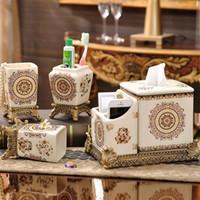 acessórios de banho de luxo set venda por atacado-Luxo Estilo De Banho Acessório Set Cinco Peça Terno Garrafa De Sabão Casa Elegante Exquisite Cerâmica Presente Para O Banheiro 115fy ZZ