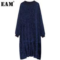 da9c81e20ebd9 [EEM] 2018 yeni bahar standı yaka fold katı renk mavi gevşek kadife ruffles  bölünmüş eklem gevşek elbise kadın moda gelgit JE229