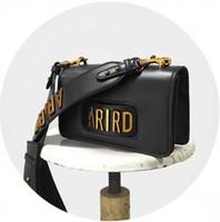 leder ketten schmuck großhandel-ARIRD 2018 Flap Bag mit Kette aus Kalbsleder in der Hand getragener Gold-Tone-Metallschmuck kommt mit Staub. Kostenloser Versand