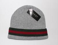 örme yün şapkalar toptan satış-Erkekler için kış şapkalar bonnet homme rahat kap kış şapka şapkalar kadınlar için Süper serin Kafatası desen erkekler için şapkalar kasketleri Örme yün