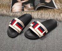 hakiki sandal erkekler toptan satış-Yeni Ünlü Marka Arizona erkek Düz Sandalet Ucuz Kadınlar Rahat Ayakkabılar Erkek Çift Toka Yaz Plaj En Kaliteli Hakiki Deri Terlik