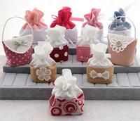 bolsas de tela de cumpleaños al por mayor-Bolsa de regalo de caramelo de tela Bolsa elegante para la fiesta de cumpleaños de la boda Invitados originalidad Bolsa de regalo Diseño múltiple
