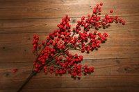 ingrosso piante bacche-Nuovo design 90 cm Bacca Pe Frutta rossa Pianta Bacche Fiore artificiale Rosso ciliegia Rami Fiore Decorativo Natale
