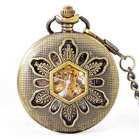 números romanos plásticos venda por atacado-Wengle New relógios de bolso mecânicos Vintage oco Relevo Unisex visível algarismos romanos espelho De Plástico relógio mecânico