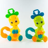 plastikelefanten spielzeug großhandel-1 stück Kawaii Hirsch Elefant Tier Kunststoff Hand Jingle Schütteln Glocke Rasseln Kleinkind Pädagogisches Musical Kinder Baby Spielzeug Für Kinder Lernen