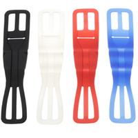 ingrosso montaggio su bicicletta-Alta flessibile cinturino in silicone morbido supporto per bicicletta cellulare Supporto universale per bici torcia gel di silice cinghie blu bianco 2qt B