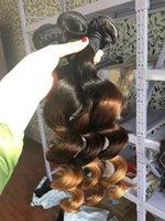 медовый каштановый переплетение волос оптовых-Свободная объемная волна Ombre Перуанские девственные плетения из натуральных волос T1b / 4/27 Трехцветная коричневая медовая блондинка Вьющиеся шить в наращивание волос