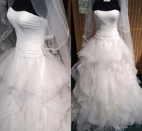Wholesale sexy sweetheart strapless wedding dress for sale - Temperament Wedding Dresses Sexy Pleated Strapless Bodice Corset Tiered Skirts Organza Ruffles Ball Gowns Pleats Organza Wedding Gowns