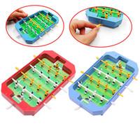 ingrosso giocattolo di legno macchine-Mini tavolo da biliardino calcio calcio balilla bordo macchina gioco giocattolo regalo W15