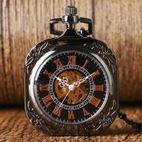 relogios mecânicos unisex quadrados venda por atacado-Vintage Vidro transparente Quadrado Legal Relógio de Bolso Das Mulheres dos homens presente unisex Mão-liquidação Mecânica Retro Cadeia Moda Relojes De Bolsillo