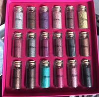 fard à paupières maquillage achat en gros de-Nouveau maquillage paillettes à usages multiples en vrac poudre de paillettes 18 couleurs boîte cadeau fard à paupières DHL livraison gratuite de haute qualité