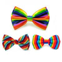 männer s gestreiften smoking großhandel-Rainbow Vertical Rainbow Harizontal Bunte schief gestreifte Farben Men `s Frauen` s Tuxedo Kleid Fliege Hochzeitsgesellschaft Schmetterling
