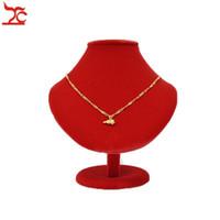 ingrosso busto stand legno-Espositore per gioielli Puntelli in legno Red Busto in velluto Collana Manichino per pendente Forme Portrait Rack per scaffale 18CM