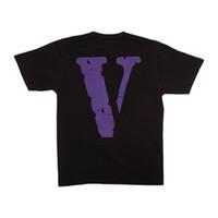 gömlek için yeni stiller toptan satış-Yeni Stil Klasik Vlone ARKADAŞLAR MIAMI POP mor LOGO Büyük V Kadın Erkek T Shirt Hip hop Kaykay Marka Erkekler Pamuk tee Yaz için 2 renkler