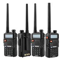 walkie uv5r al por mayor-BaoFeng UV-5R UV5R Walkie Talkie banda doble 136-174Mhz 400-520Mhz Transceptor de radio de dos vías con 1800mAH Batería sin auriculares (BF-UV5R)