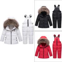 bebek kışlık takım elbise seti toptan satış-Kış Çocuk giyim Setleri Bebek Kız Erkek Kayak Takım Setleri Çocuklar Spor Tulum Sıcak Palto Kürk Ördek Aşağı Ceketler + Önlüğü Pantolon