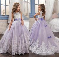ingrosso le ragazze del fiore di tulle belle veste il merletto-2017 belle ragazze fiore viola e bianco abiti in rilievo di pizzo appliqued archi abiti pageant per bambini festa di nozze