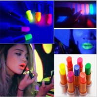 Wholesale LipStick Fluorescence Lip Stick Color Lipgloss Shinning Lip Gloss Glitter Shimmer Lipgloss Makeup Cosmetic Kits Lip Care Tool