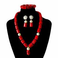 koralle porzellan halskette großhandel-Rote Koralle Schmuck Sets für Frauen Fantastische Rot und Gold Afrikanische Hochzeitsgeschenk Coral Bead Halskette Ohrringe für Bräute