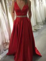 vestidos de noche de satén rojo cuello v al por mayor-Red Satin Tank A-Line Vestidos de fiesta Largos con cuello en v Lentejuelas con cuentas Sparkle Vestidos formales Vestidos de noche sin espalda