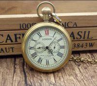 cajas de liquidación al por mayor-Al por mayor-Antique cobre Londres Pocket fob relojes reloj mecánico mano Wind Skeleton Mens reloj de bolsillo con cadena caja de regalo de Navidad