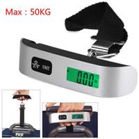 escalas de mano al por mayor-Capacidad de 50 kg Mini Escala de Equipaje Digital de Mano LCD Escala Electrónica Escala Electrónica Colgante Termómetro Dispositivo de Pesaje AAA989