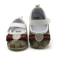 nette neugeborene mädchenschuhe großhandel-1 Paar Baby Schuhe Nette Bowknot Pailletten Liebe Herz Plaid Neugeborenen Mädchen Leinwand Erste Wanderer Schuhe Infant Prewalker Schuhe 0-1 T