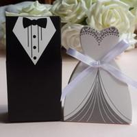 ingrosso scatole regalo del vestito da cerimonia nuziale-Caso di regali di nozze Abito da sposo smoking Abito da sposa con nastro Bomboniera Bomboniera Decorazione per feste