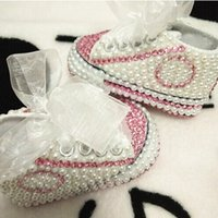 Wholesale first diamonds resale online - Dollbling Rhinestone Pearl Crystal Baby Girl Chil Shoes Handmade Shining Diamond First Walkers Soft Sole Princess Shoes