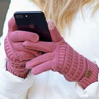 guantes de piel de conejo negro al por mayor-CC Guantes de invierno de punto sólido Unisex Guantes de pantalla táctil Invierno CC tejido de punto Pantalla táctil Teléfono celular inteligente Cinco dedos guantes